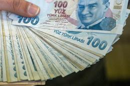 Hazine 1,4 milyar lira borçlandı