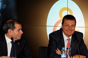 Galatasaray'da iki hoca gün sayıyor!