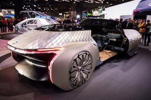 Renault'un robot arabası olay! Bakın neler yapabiliyor