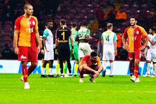 Galatasaray Schalke maçına sıkıntılı başlayacak!