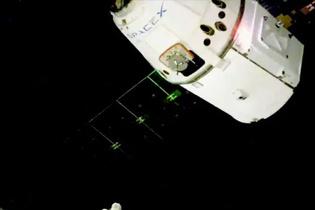 SpaceX uzaya noel hediyesi gönderdi