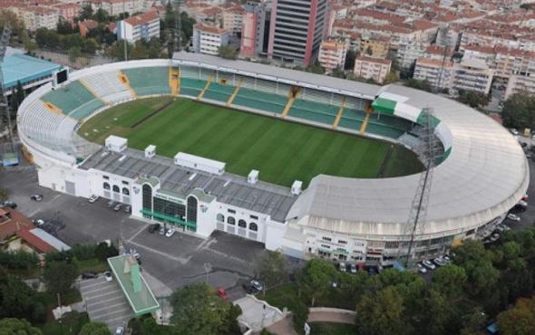 Atatürk Stadyumu'na ilk kazma vuruldu