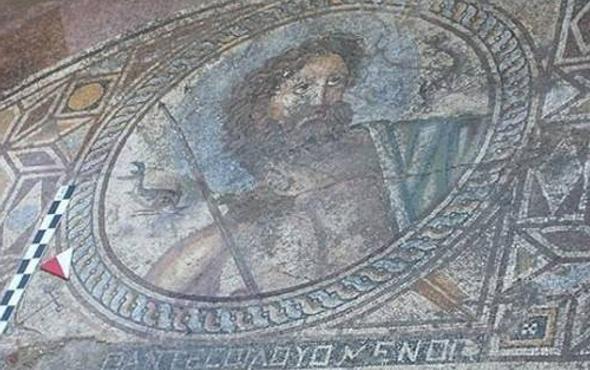 Adana'da Poseidonlu mozaik bulundu