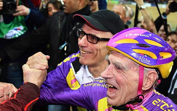 105 yaşındaki bisikletçiden rekor