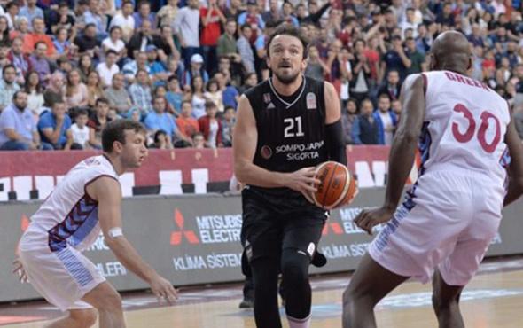 Beşiktaş Sompo Japan Trabzonspor'u rahat geçti