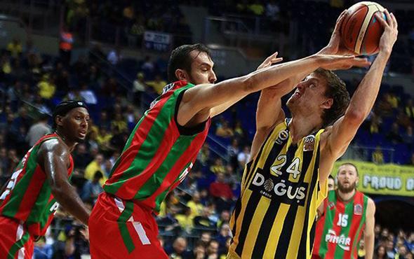 Fenerbahçe Pınar Karşıyaka'ya fark attı