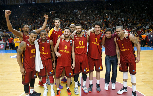 Galatasaray grupta ilk kez kazandı