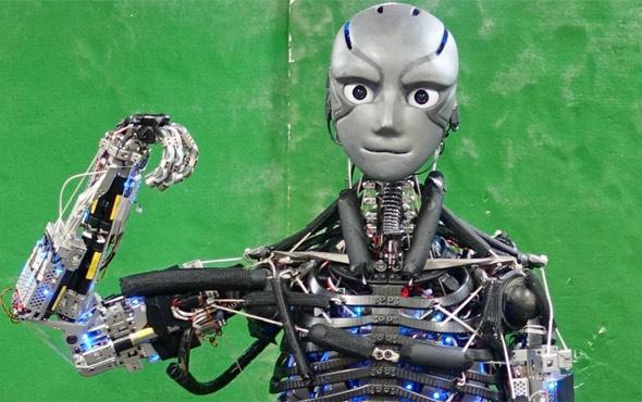 Spor yaptıkça terleyen robot bir Japon klasiği