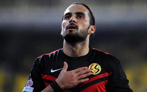Erkan Zengin'e Süper Lig'den teklif yağıyor