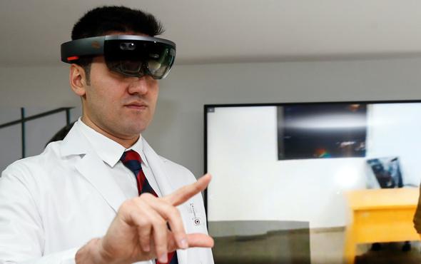 İstanbul Üniversitesi'nde hologram eğitim laboratuvarı açıldı