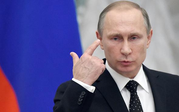 Vladimir Putin yeniden aday olacak mı?
