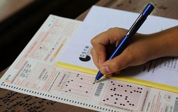YGS sınavına girecek adaylar aynı saatte soru çözün