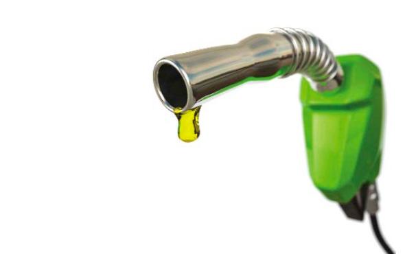 Benzine zam geldi litre fiyatı ne kadar oldu?