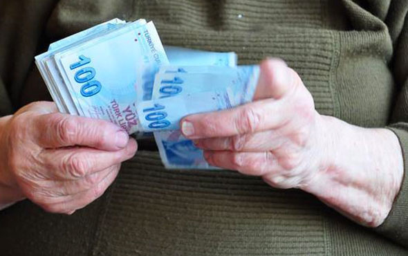 Milyonlarca emeklinin yüzü gülecek çifte müjde!