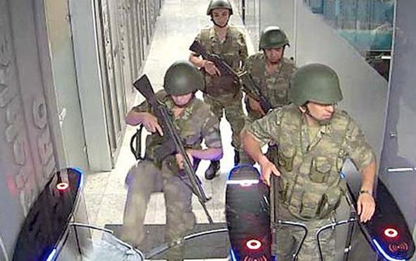 FETö'cü askerler TRT binasından bakın nasıl kaçmış!