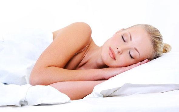 Daha az uyuyanlar daha az çekici görünüyor!