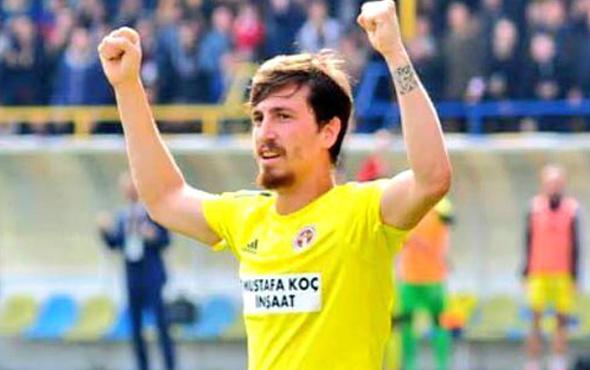 Sivasspor Mert Hakan Yandaş'la anlaştı