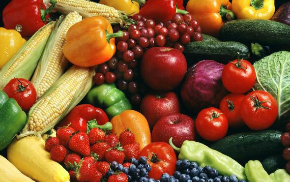 Biber ve salatalığı domatesle aynı yerde saklamayın!