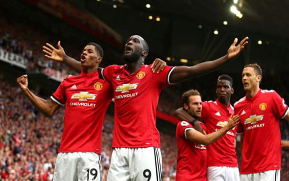 Manchester United gol yağdırdı