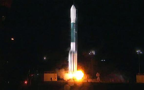 Space X kaybolan uydusunu savundu iyi performans gösterdiğini söyledi