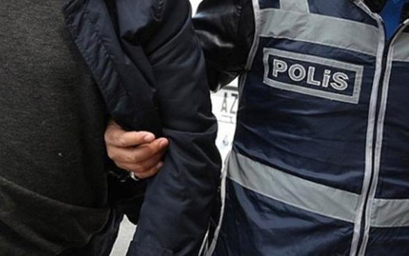 Askerler 'FETÖ'cüyüm' diyerek polise teslim oldu