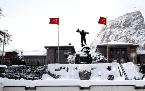 Afyon hava durumu meteoroloji kar alarmı verdi
