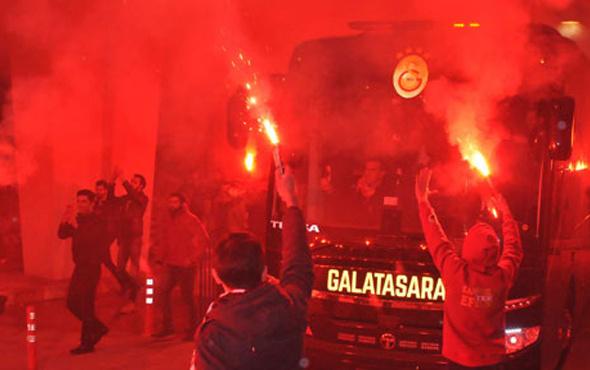 Galatasaray'a Konya'da coşkulu karşılama!