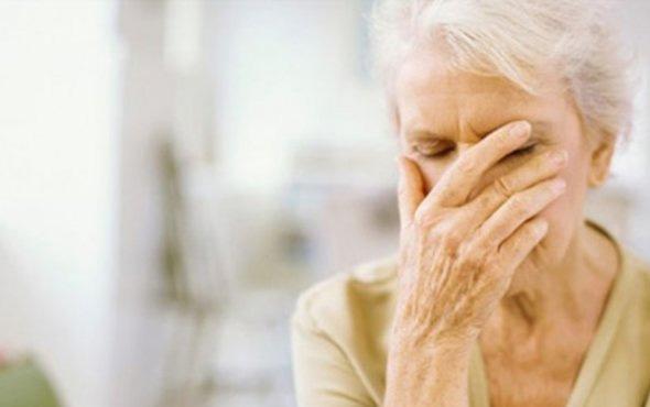 Demans hastalığı nedir belirtileri neler tedavisi var mı?