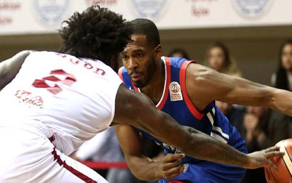 Gaziantep Basketbol'dan Anadolu Efes'e darbe