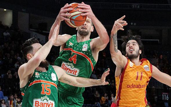 Banvit'en Galatasaray Odeabank'a fark