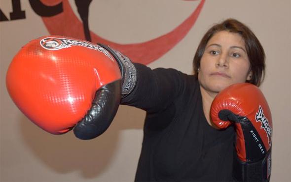 Sağlıklı yaşam için kick boksa başladı