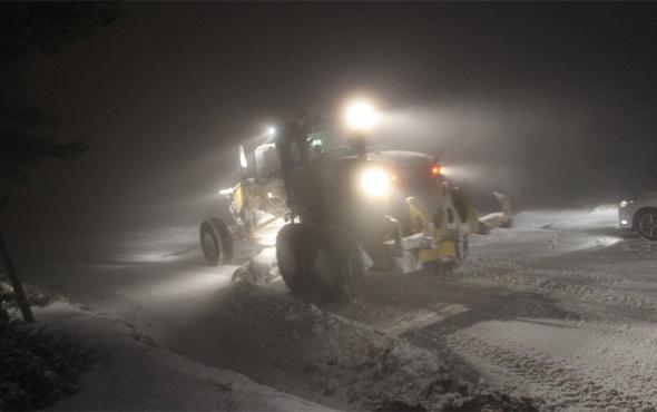 Denizli'de kar ulaşımı olumsuz etkiliyor