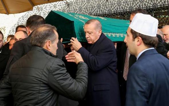 Cumhurbaşkanı Erdoğan, komşusunun tabutuna omuz verdi