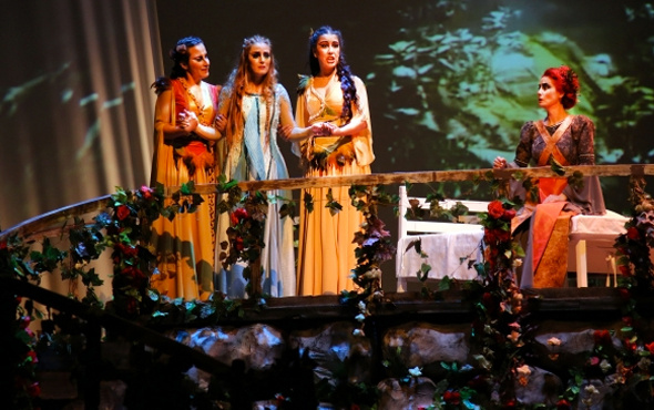 "Antalya DOB'dan ""Yolanta"" operası"