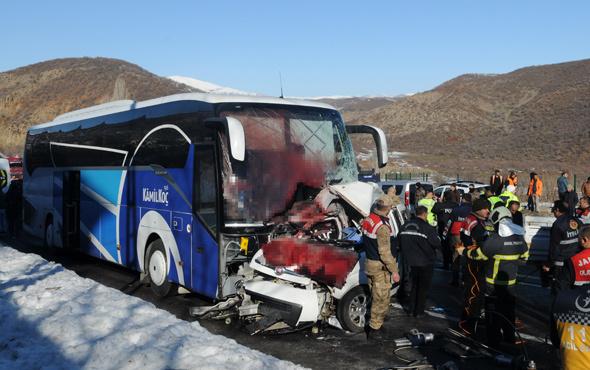 Bingöl'de feci kaza! Ölü ve yaralılar var