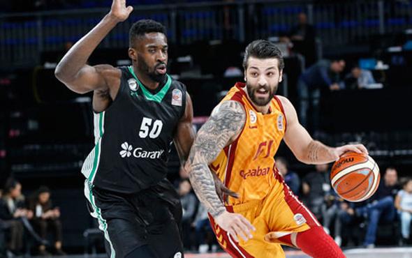 Darüşşafa'dan Galatasaray Odeabank'a darbe