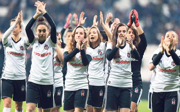 Beşiktaşlı kadınlar Vodafone Park'a çıktı