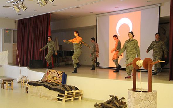 Özel öğrenciler Çanakkale Destanı'nı canlandırdı
