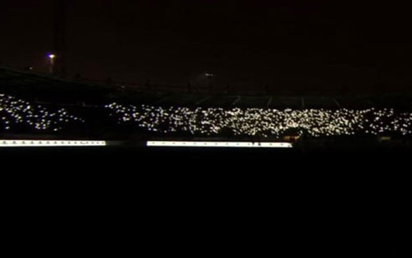 Ankaragücü Adanaspor maçında saha karardı