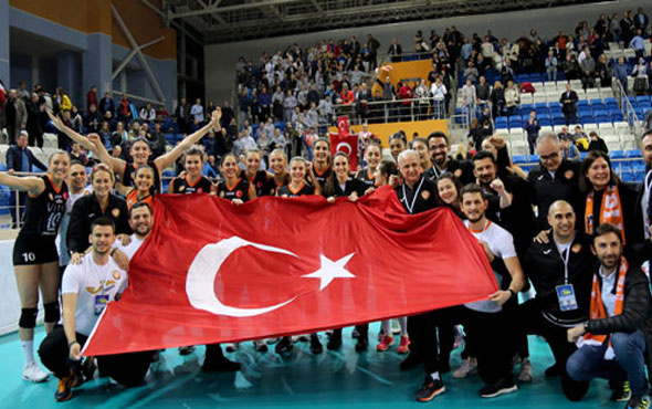 Avrupa'da kadın voleyboluna Türk damgası