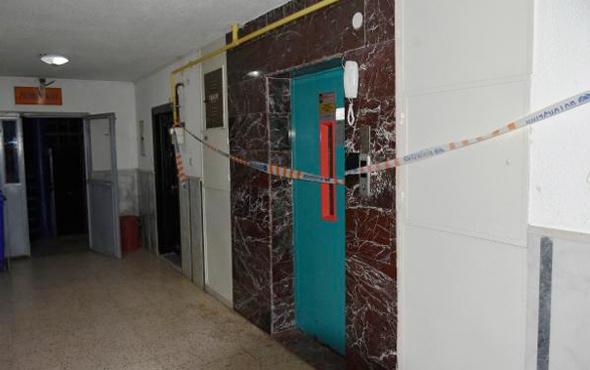 4 kişilik asansöre 7 kişi binince