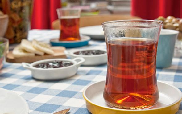 Sahurda ne yemeli ne tok tutar? Karpuz yiyen acıkır çay içen susar
