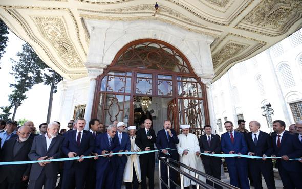 Erdoğan Fatih Sultan Mehmet Türbesi'nin açılışını yaptı