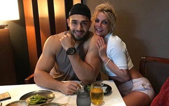 İşte Britney Spears'ın 13 yaş küçük sevgilisi