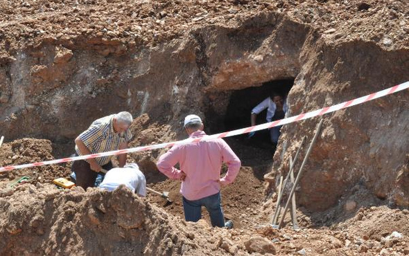 Denizli'de ev için mezar kazarken Bizans mezarı çıktı