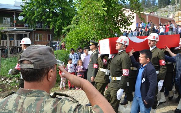 Şehit Uluçay Adana'da toprağa verildi