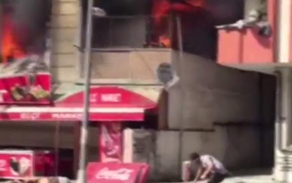 Esenyurt'ta 4 katlı binada yangın! Mahsur kalanlar var