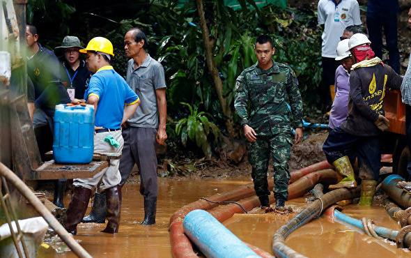 Tayland'da mağarada mahsur kalmışlardı! Müjdeli haber geldi