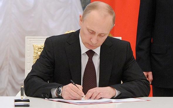 Putin imzayı attı Rusya'dan Batı'ya misilleme