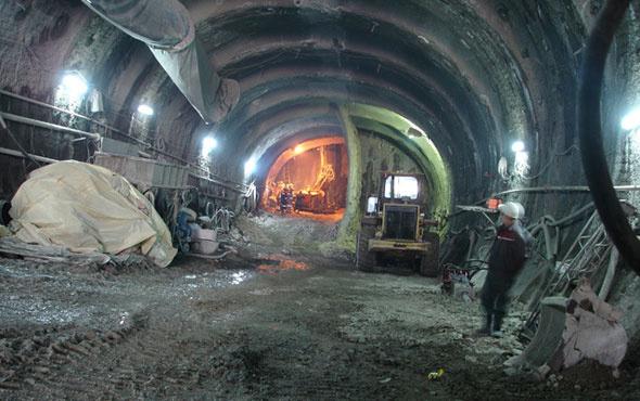 Metro inşaatında feci kaza! 10 metreden düşerek öldü...